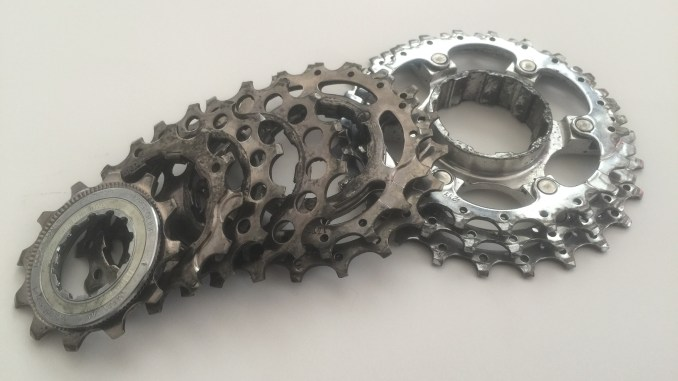 clean your bike's cassette