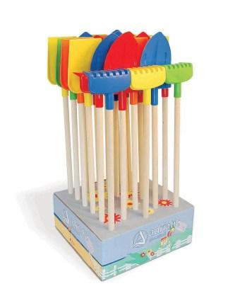 Dječji vrtni alat sa drvenom ručkom 70cm. Ovaj drveni alat idealan je za igru u vrtu ili na plaži.