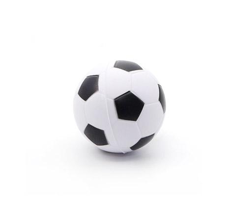 Lopta Mekana Sport 6,4cm. Mekana spužvena lopta u više sportskih motiva. Idelana za igre na otvorenom i vodi kao što je picigin. Veličina lopte je 6,4cm.