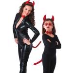 Karnevalski set za vražicu,sa rajfom, leptir mašnom i repom. Kostim za odrasle i djecu. Savršen je za lude partije, proslave Halloweena ili karnevalske povorke.