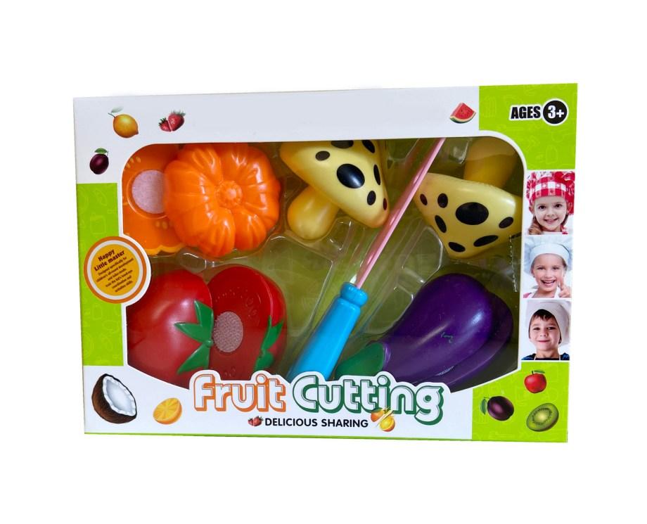Voće i povrće na čičak sa nožem za rezanje. Ova prekrasna igračka dolazi pakirana u kutijici sa nožem i voćem ili povrćem.