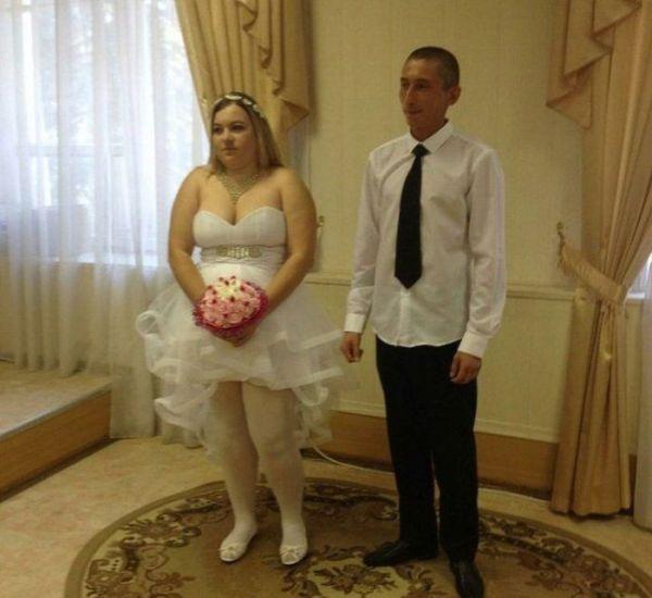 Подборка смешных свадебных снимков, на которых видно, что ...