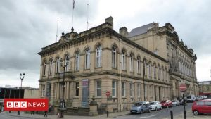 kirklees council moving home
