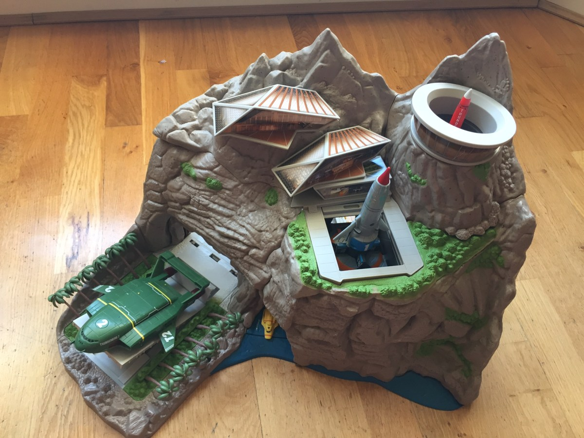 Thunderbirds Interactive Tracy Island review