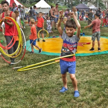 toby-camp-bestival-hula-hoop
