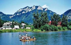 Rafting on the Dunajec river between Poland and Slovakia.