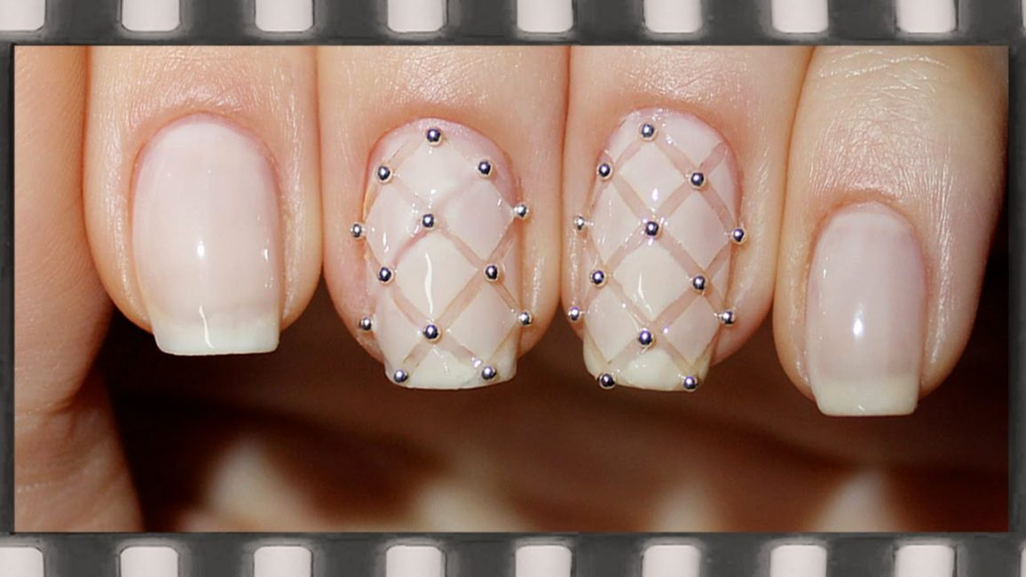 Manicure, skabt med en bullion