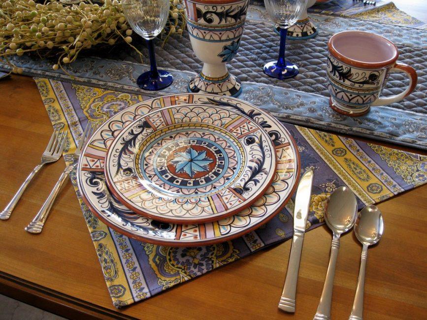 Декор стола в стиле бохо
