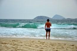 """Shoul I stay or should I go?"" :) Ipanema waves"