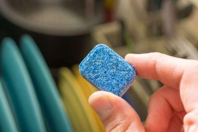 Uporabni triki s tabletami za strojno pomivanje