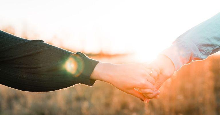 10 znakov, ki kažejo, da ste srečali nekoga iz svoje dušne skupine