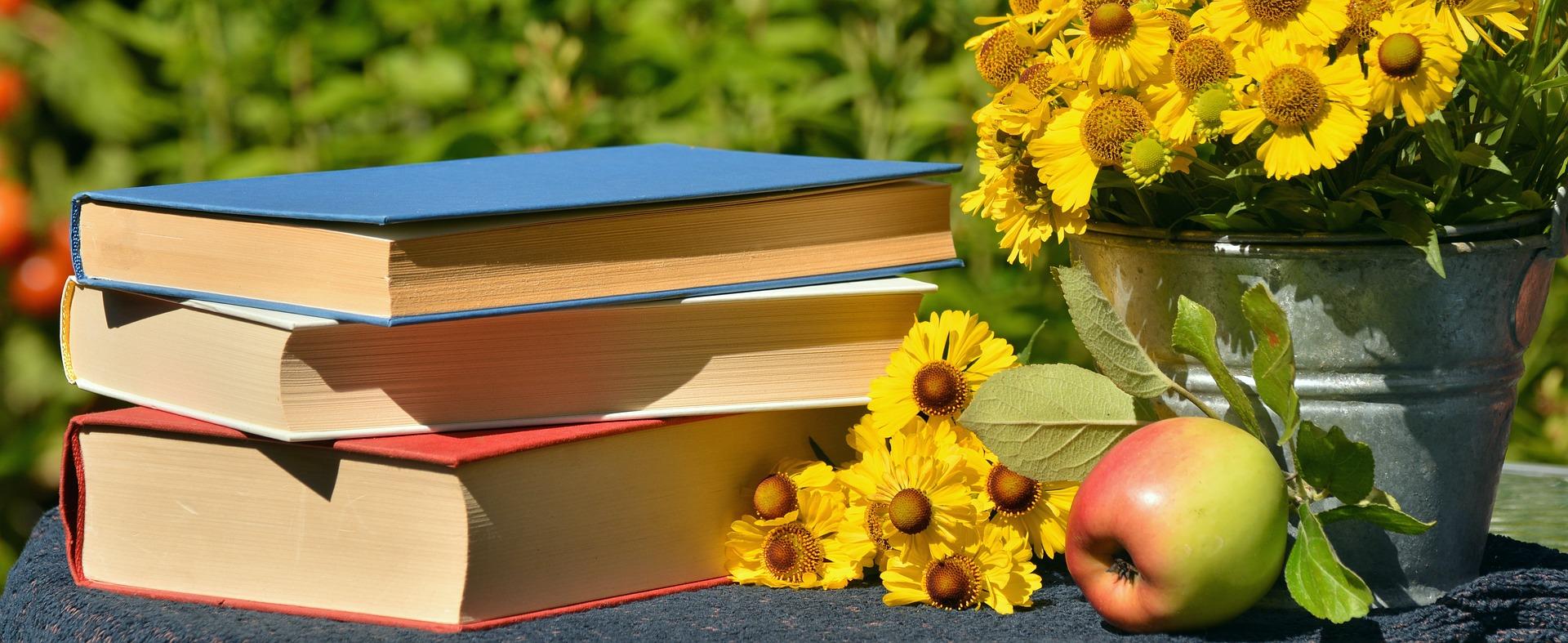 books flowers apple livres fleurs pomme