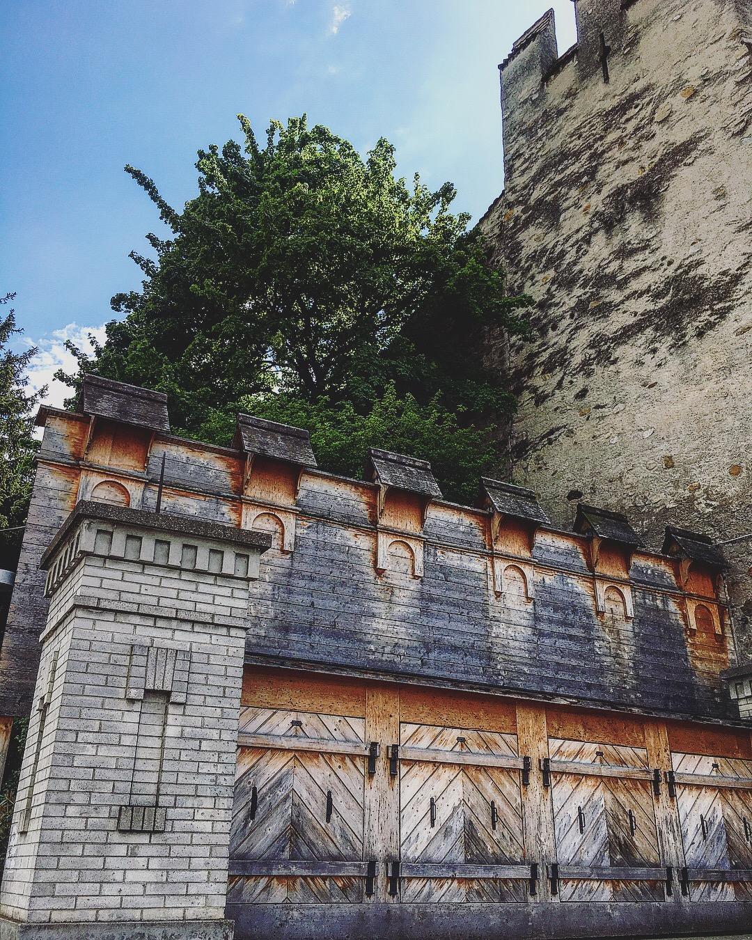 chateau thoune thun castle
