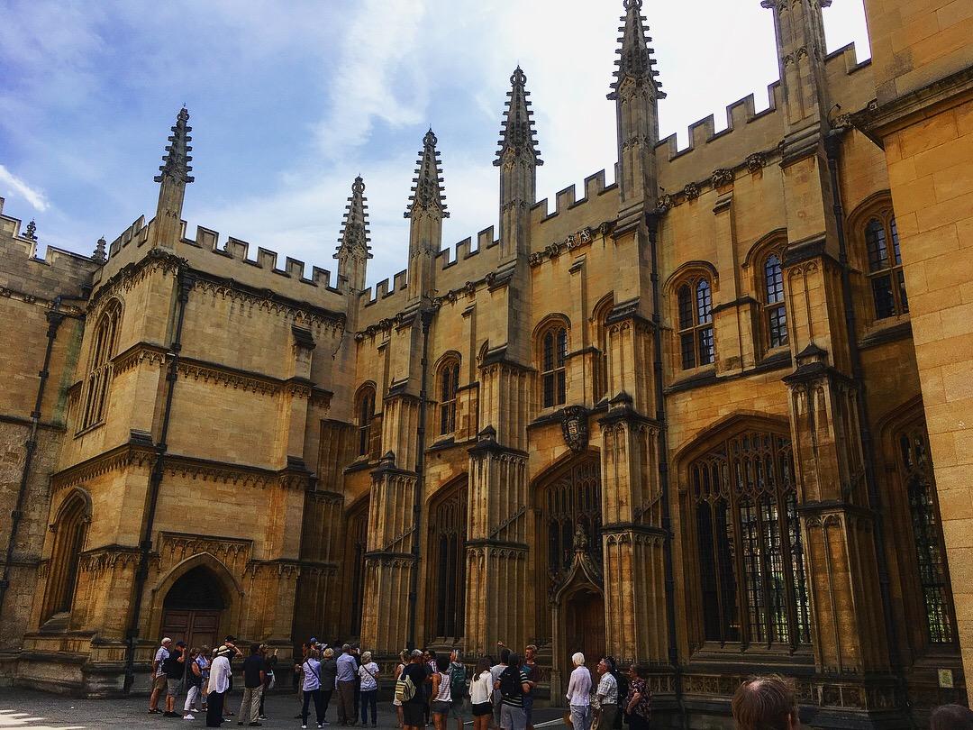 Oxford ville Slow World