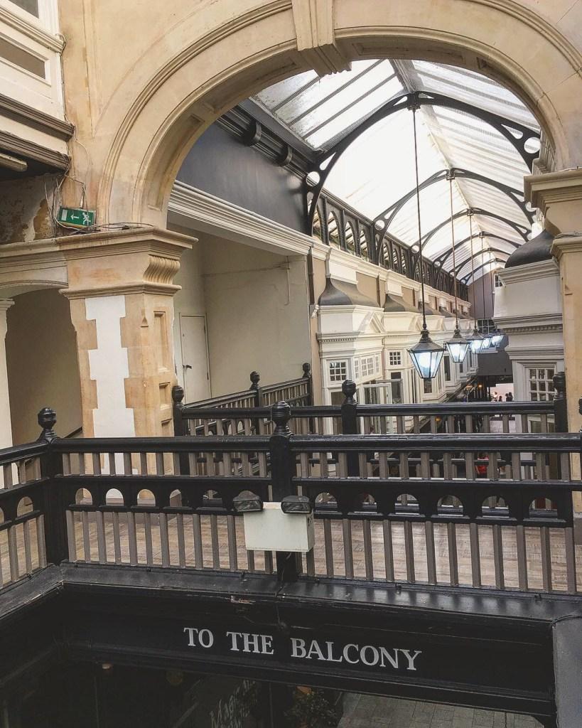 Cardiff Victorian Arcades Pays de Galles Lustres