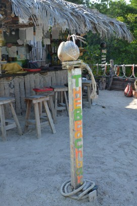 Bar în Koh Phi Phi. Thailand. Photo: ©Slowaholic
