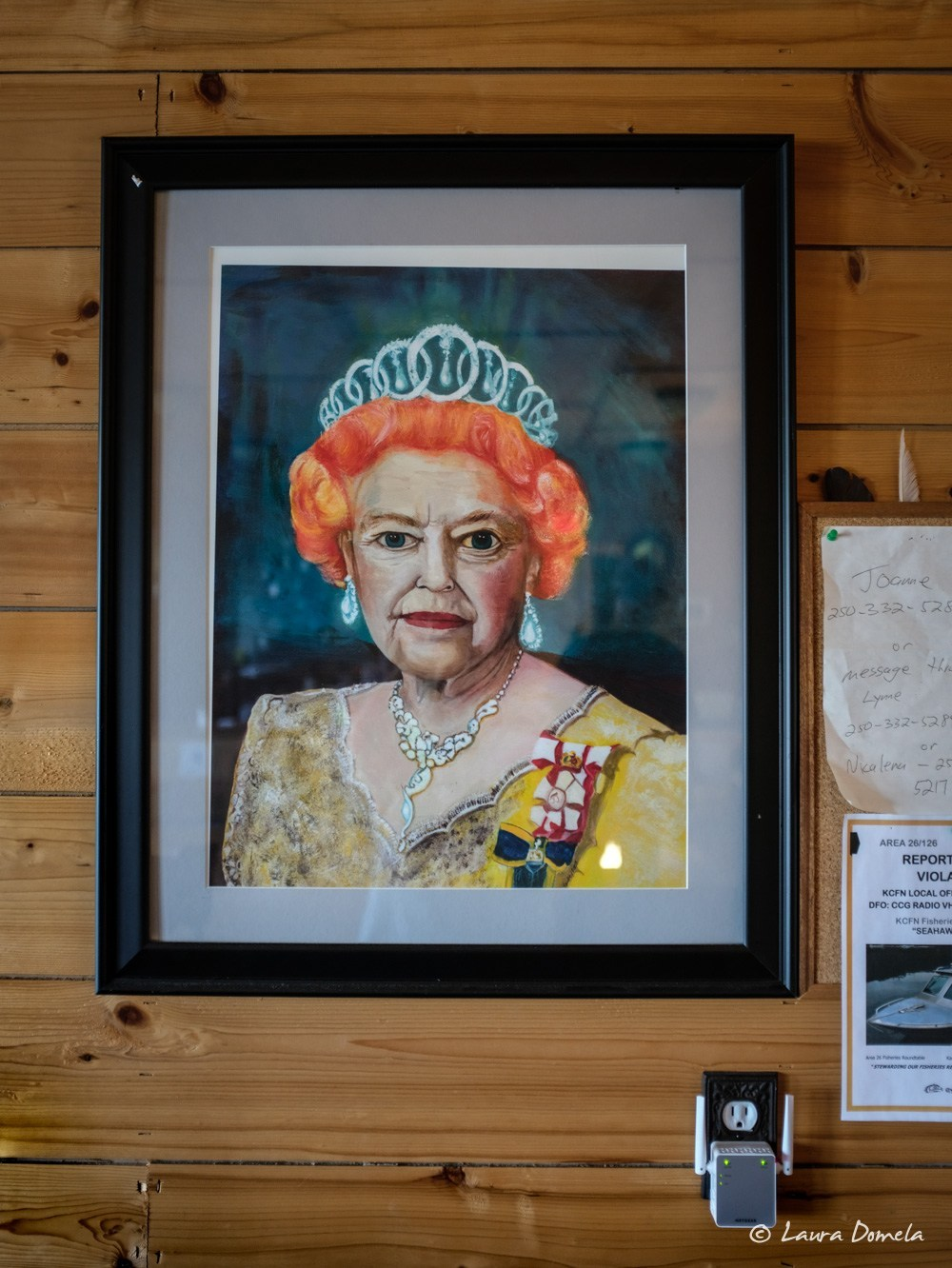 Portrait of the Queen at Java the Hutt cafe