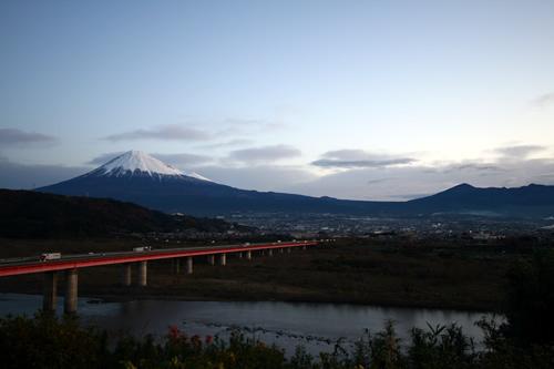 東名高速下り線 富士川SAにて