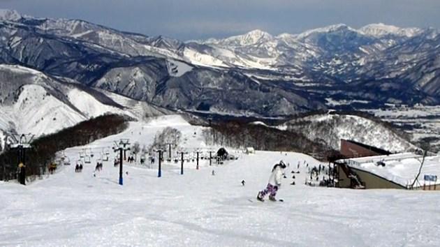 白馬・五竜スキー場 アルプス平ゲレンデにて