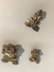 gold museum frogs1