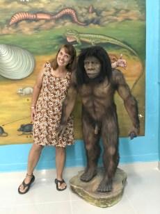 museum caveman1