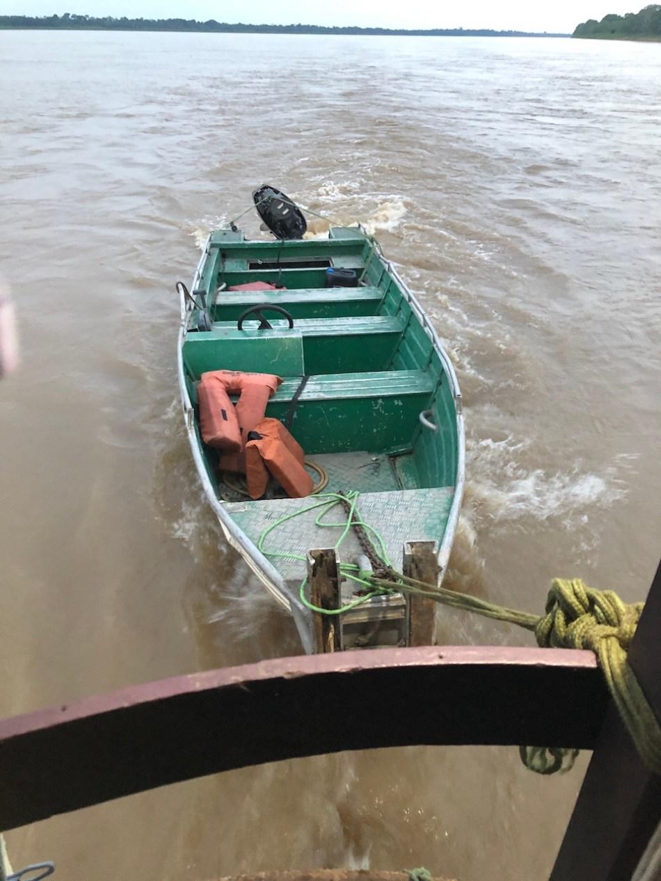 river tug skiff..jpg