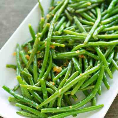Super Simple Sides:  Crispy Garlic Onion Green Beans