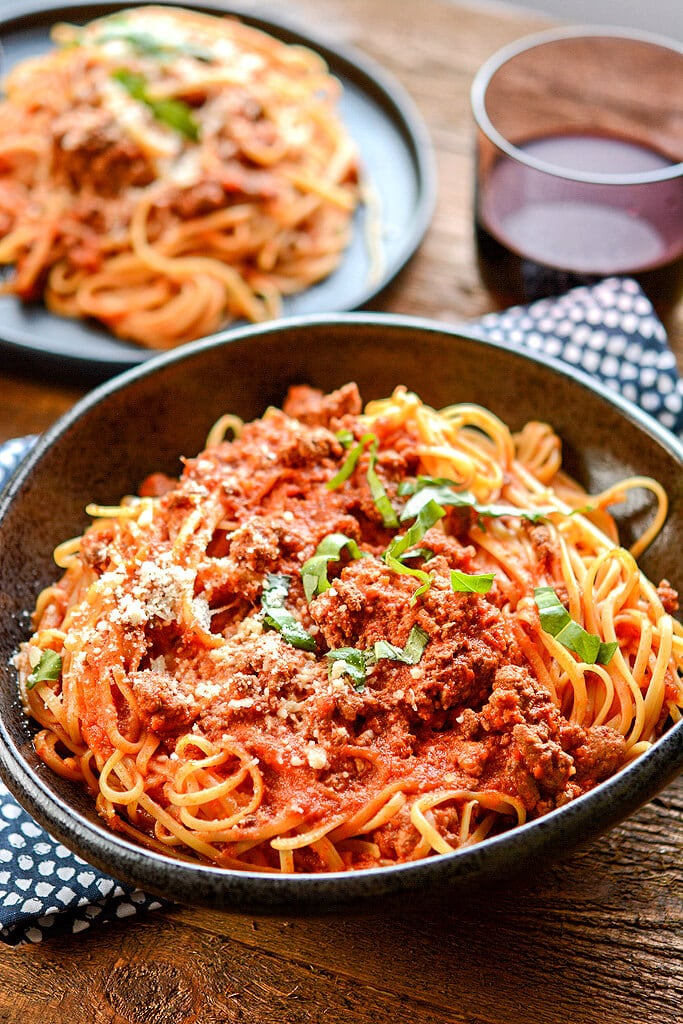 No need to stand over the stove while stirring all day long! Impress your family or dinner guests with this delicious Slow Cooker Bolognese that's so easy to make while still being so full of rich flavors.