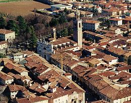 260px-Panoramica centro storico Martinengo 03