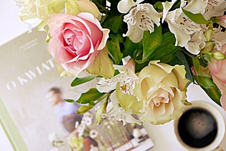 Wiosenny, zmysłowy, modny – idealny prezent na Dzień Kobiet