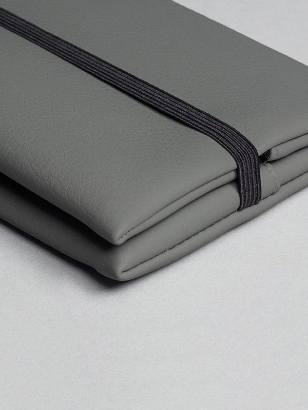 wetheknot-essential-pouch-darkgrey-vegan-leather-1_slowli