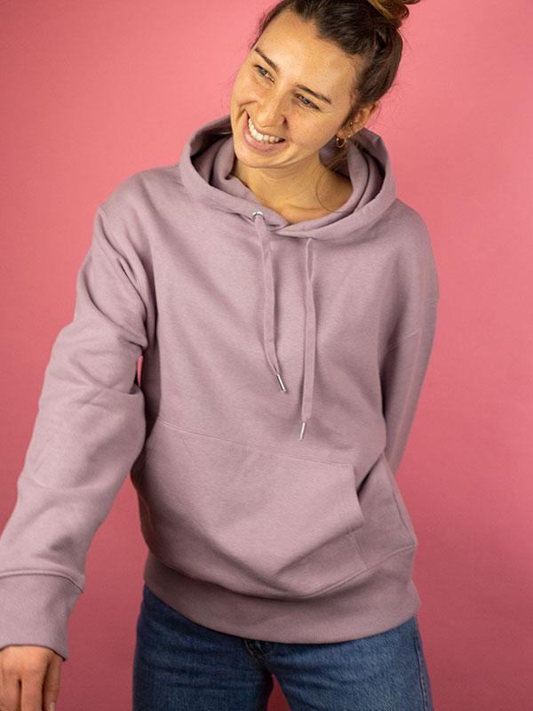 nachhaltiger-oversize-pullover-hoodie-minimalist-purple-lila-1-slowli