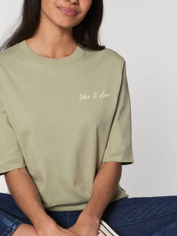 nachhaltiges-shirt-fair-fashion-t-shirt-take-it-slow-oversize-mint_2