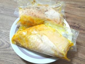 低温調理サラダチキンとタンドリーチキン
