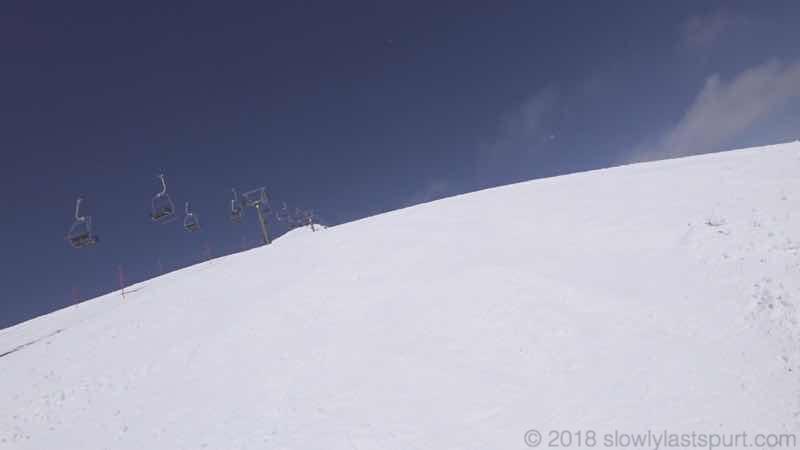 【パウダーボード】特徴と選び方!初心者ほど購入してかんたんに非圧雪コースを滑るべき理由とは