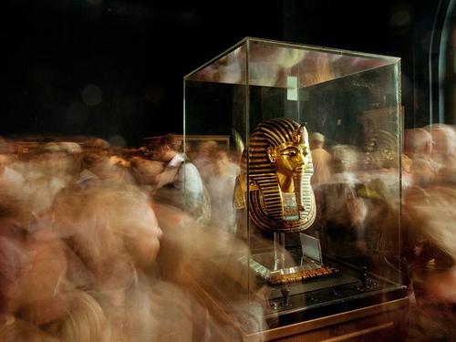 Kenneth Garrett. King Tut Mask on Display, Cairo Museum