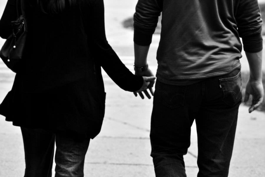 스물넷 연애 포트폴리오 – ②남이 하면 원조교제, 내가 하면 로맨스 | 슬로우뉴스