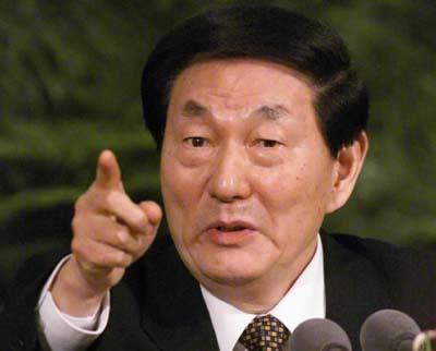 1998년 3월부터 2003년 3월까지 장쩌민 국가주석을 보좌하고 5년에 걸쳐 국무원 총리에 재임한 주룽지.
