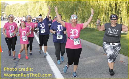 Detroit Women's Half Marathon race photo