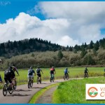 bicyclists on path in corvallis oregon