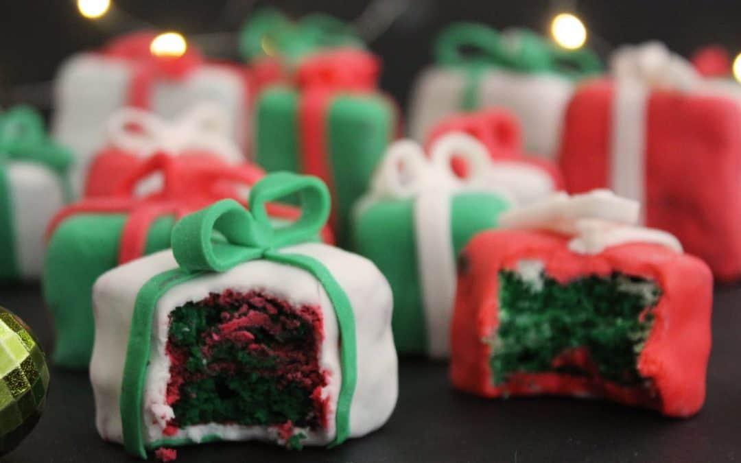 Christmas Present Cakes