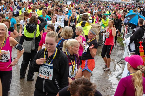Scenes_from_Tjejmilen_10K_Race2