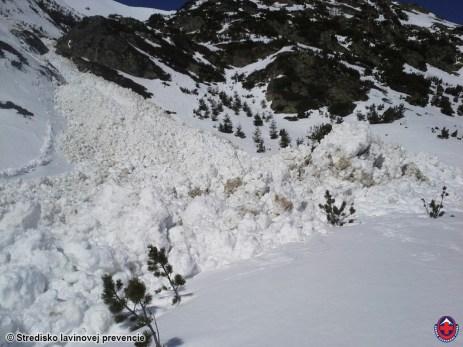 Kombinovaná lavína (povrchová + základová) z Príslopu v Žiarskej doline, spadla pravdepodobne 8.3.2015