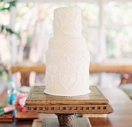 tort na wesele w stylu hawajskim
