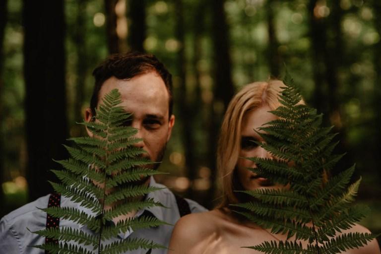 Zakochać się w lesie – sesja narzeczeńska