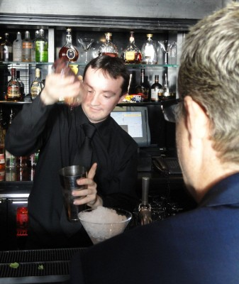 Malmaison barman pouring a purple cocktail for Eddie Izzard #Yes2AV