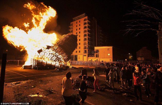 Bonfire 2013b