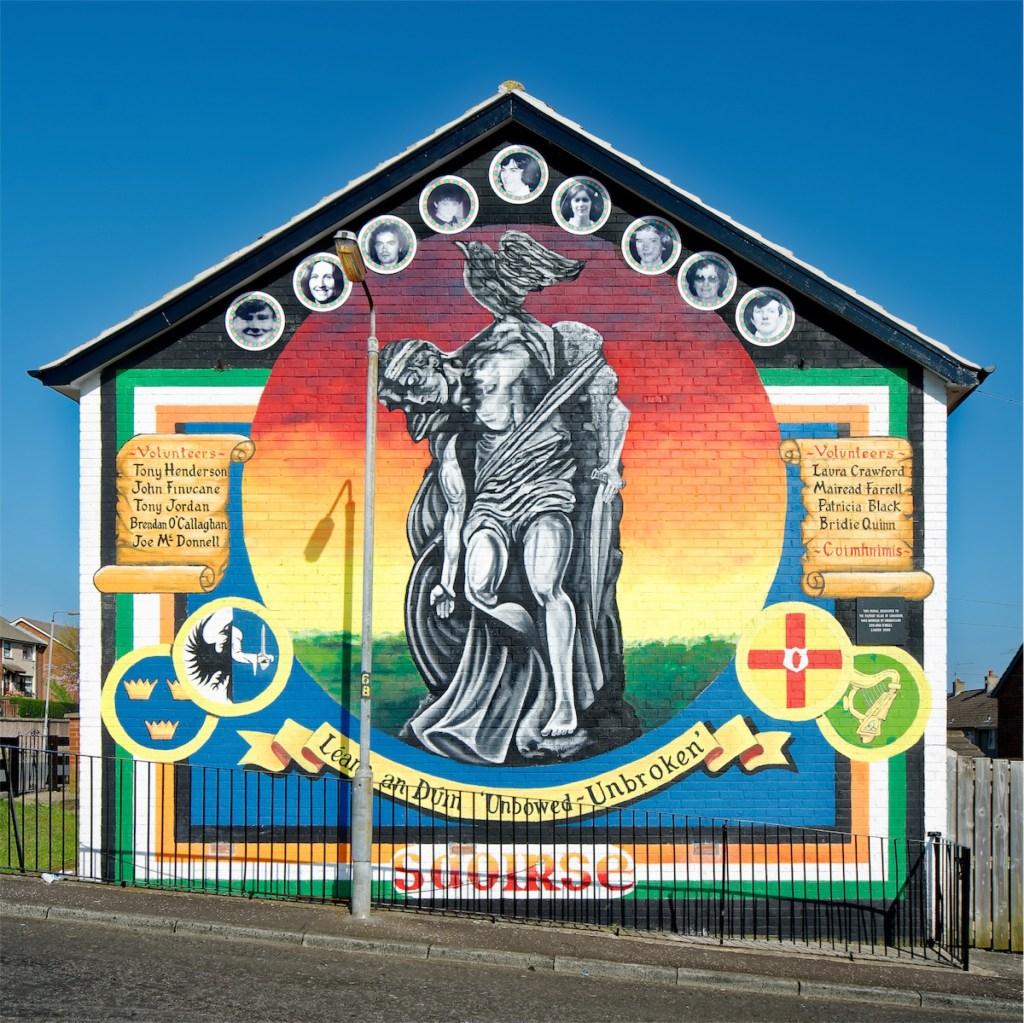 Cúchulainn and nine volunteers of the Provisional IRA. Lenadoon, West Belfast.