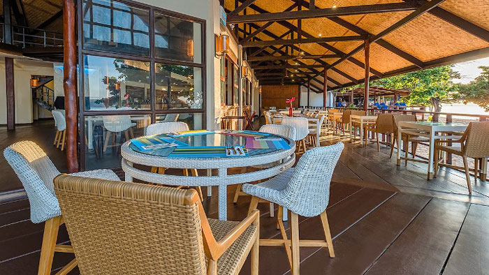 Firefish Restaurant and Lounge at Club Paradise Palawan