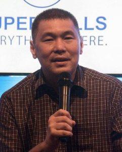 Jonjon San Agustin, SM Supermalls SVP for marketing